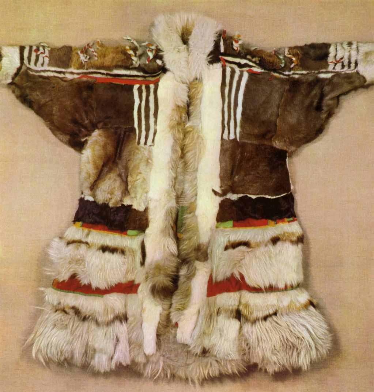 Одежда из оленьего меха